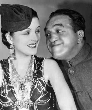 Mary Astor and Louis Wolheim in Two Arabian Knights