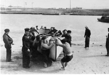 Palmach soldiers train for Operation Boatswain.