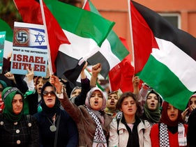 Protesters shout anti-Israel slogans during a protest in front of a court house, Istanbul, Turkey, November 6, 2012.
