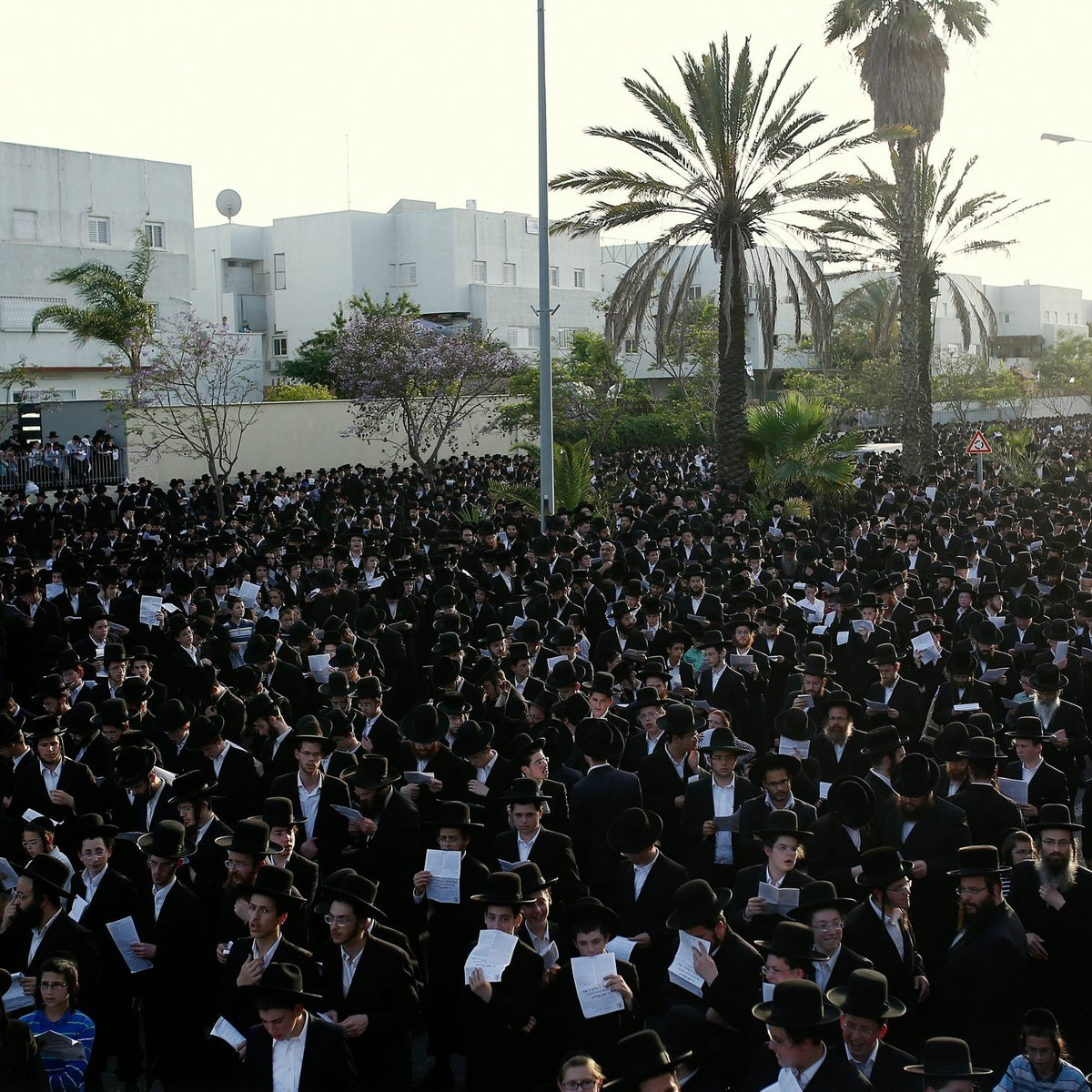 An ultra-Orthodox prayer protest against the Big Fashion mall's Shabbat opening in Ashdod, May 2015.