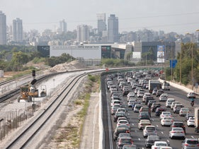 A traffic jam on the Ayalon Highway (Route 20) in Tel Aviv, September 2016.