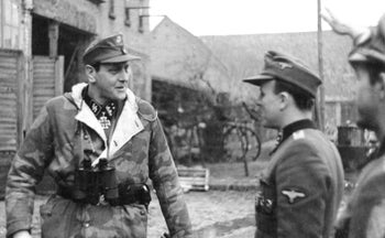 Otto Skorzeny in Pomerania visiting the 500th SS Parachute Battalion, February 1945.