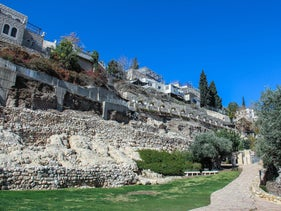 Area E of the the City of David digs contains a long sequence of habitation layers, from a Bronze Age house to a Hellenistic dovecote, and is one of the main points for collecting samples in the Jerusalem radiocarbon dating project.