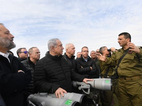 Prime Minister Benjamin Netanyahu and other cabinet members touring the Golan, February 6, 2018.