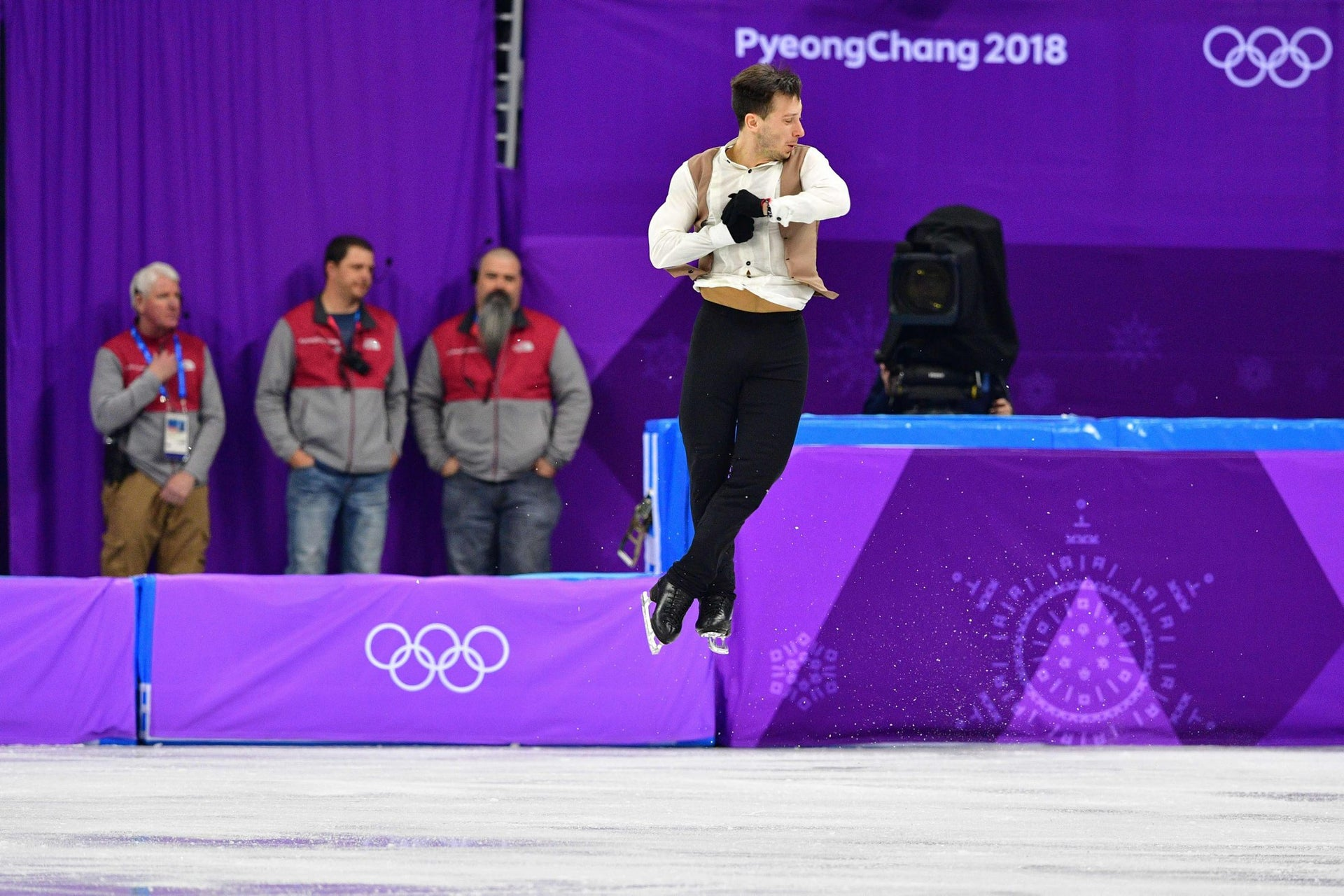 Israel's Alexei Bychenko competes in the figure skating team event men's single skating short program during the Pyeongchang 2018 Winter Olympic Games at the Gangneung Ice Arena in Gangneung on February 9, 2018.