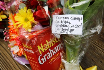 A personal note sits with a box of graham crackers at the entrance to Chatlos Memorial Chapel, February 22, 2018.