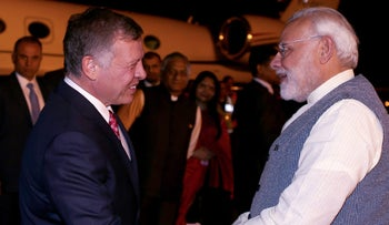 Jordanian King Abdullah being received by Indian Prime Minister Narendra Modi upon his arrival in the Indian capital of New Delhi.
