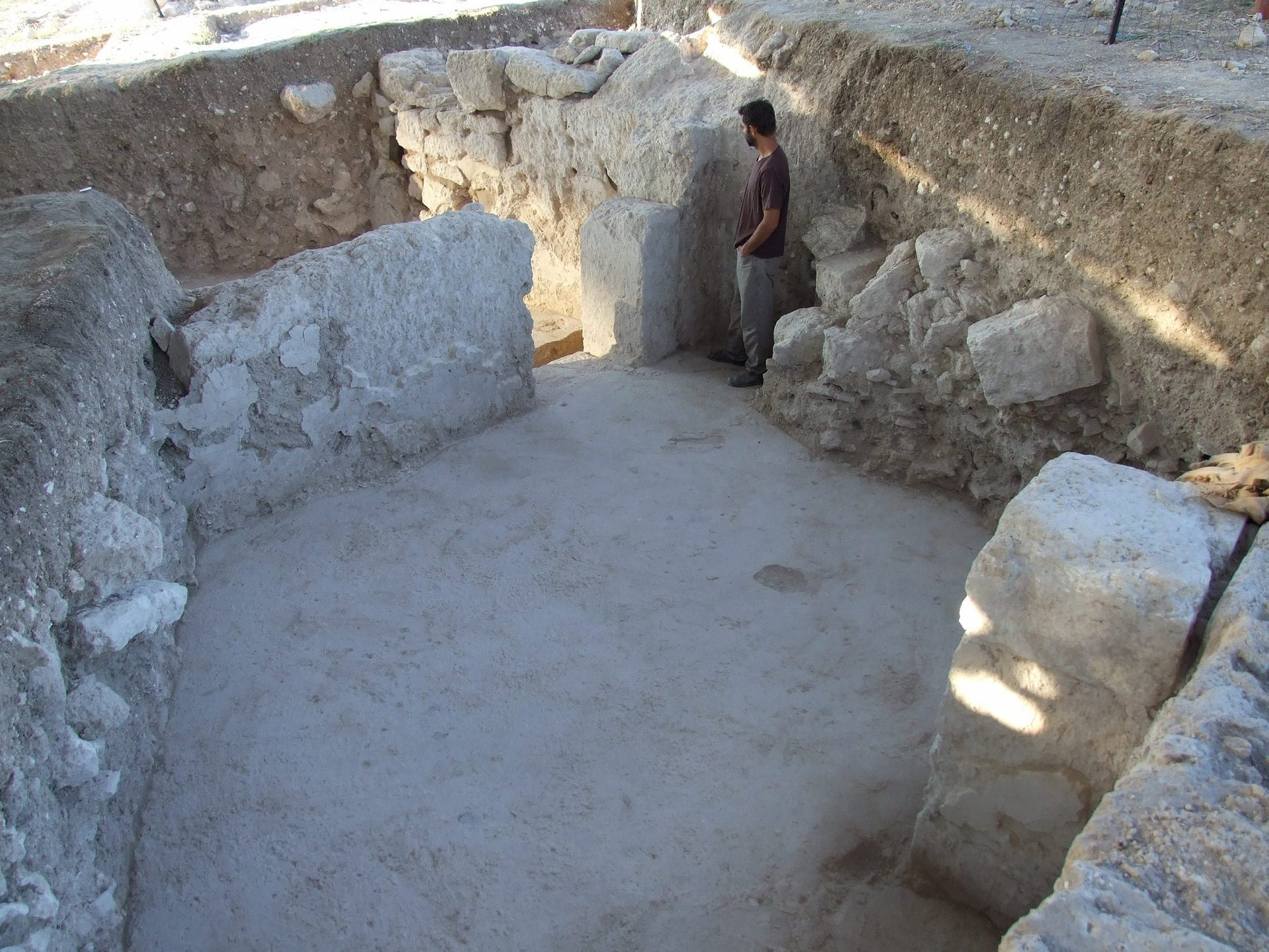Rooms in the large house discovered at Othnay, Megiddo