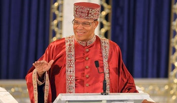 Louis Farrakhan leader of the Nation of Islam, congratulates President-elect Barack Obama during a sermon at the Mosque Maryam, headquarters of the Nation in Chicago, Sunday, Nov. 9, 2008