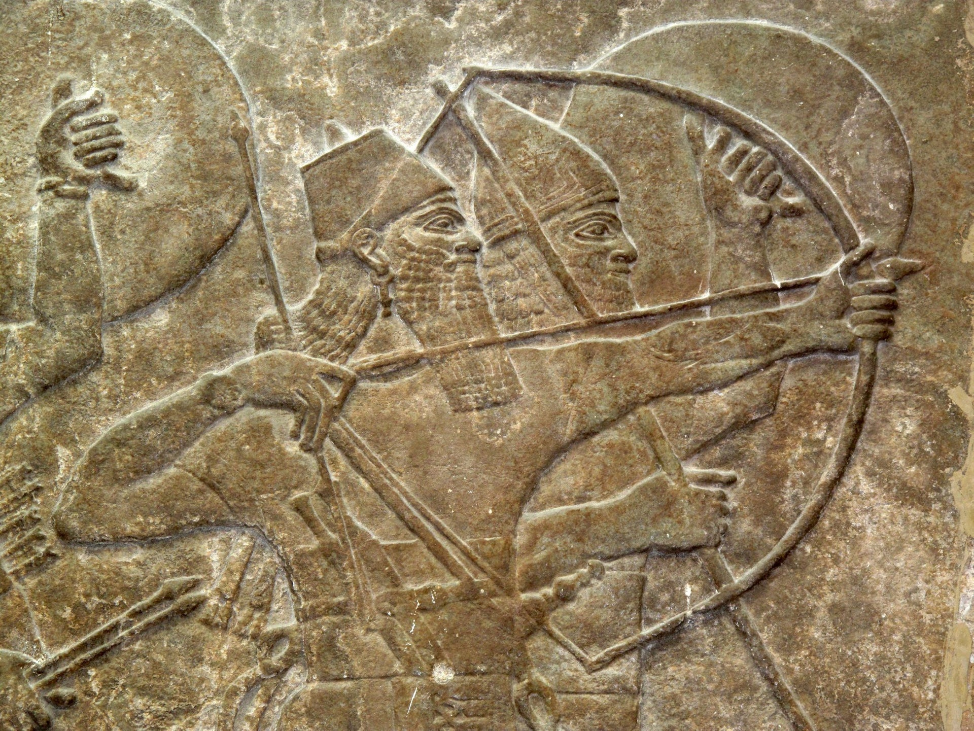Assyrian Soldiers In Battle: Wall engraving