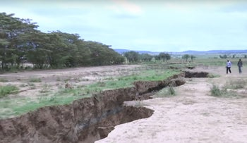 A giant crack appeared in the ground in Kenya, seemingly overnight.