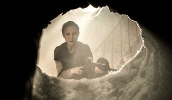"""Natalie Portman in a scene from """"Annihilation."""" (Peter Mountain/Paramount Pictures/Skydance via AP"""