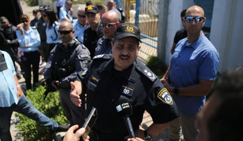 Israeli police commissioner Roni Alsheikh talking to reporters in Ashkelon on May 15, 2018.