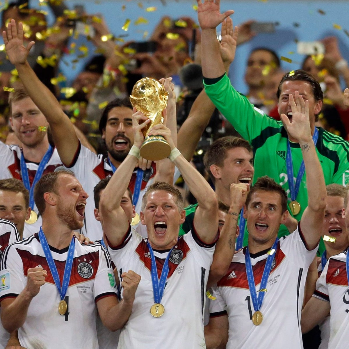 The German team celebrating its triumph at the 2014 World Cup in Brazil. Who will be the winner in Russia?