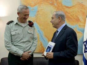 Prime Minister Benjamin Netanyahu meets with the General Chief of Staff Lt. Gen. Benjamin Gantz, who might now enter politics, st the end of his military career, February 2015