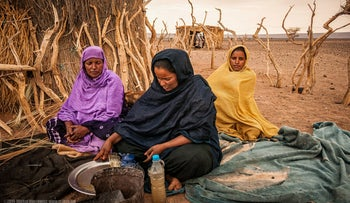 Women preparing tea in Mauritania. Banja troupe members say dancing is perhaps the only outlet that offers them a sense of freedom