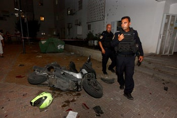 Aftermath of a rocket attack from Gaza, Sderot, August 8, 2018