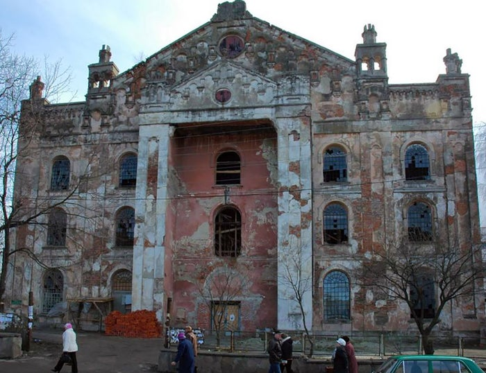 Drohobych synagogue before the renovation