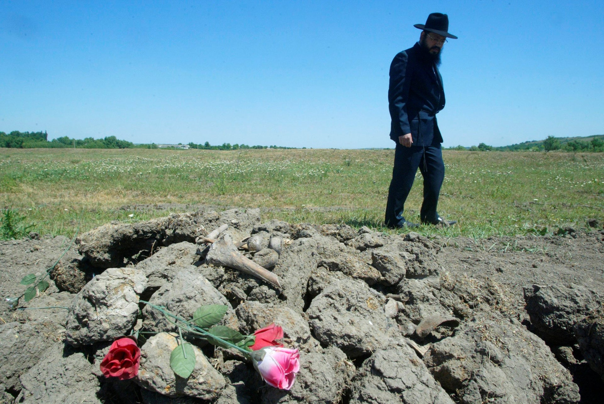 FILE PHOTO: A mass grave of Jews slaughtered in Ukraine during World War II