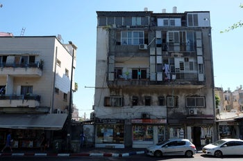 A building on Tel Aviv's Levinsky Street where Nepali workers say they kept their money, August 16, 2018.