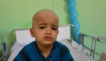 Three-year-old Louay Al Khoudari from Gaza in Nablus hospital in August 2018 without his mom.