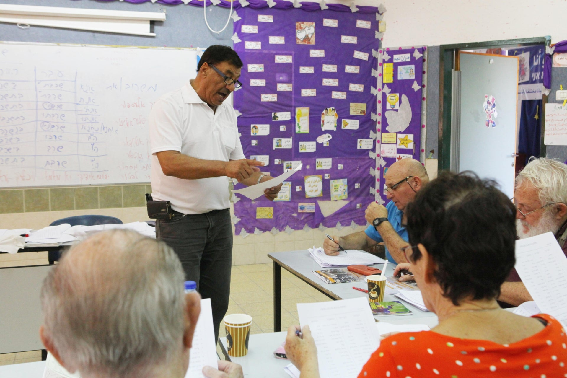 Ishak Abu-Hamad teaching his students during the program in Drijat. According to a recent study, only 8.6 percent of Jewish-Israeli adults have some knowledge of Arabic.