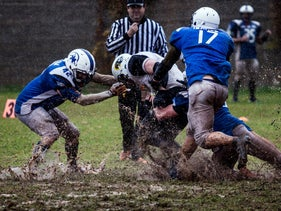 Two Israeli American football teams, the Pioneers and the Underdogs, playing in the northern Israeli town of Abu Snan.