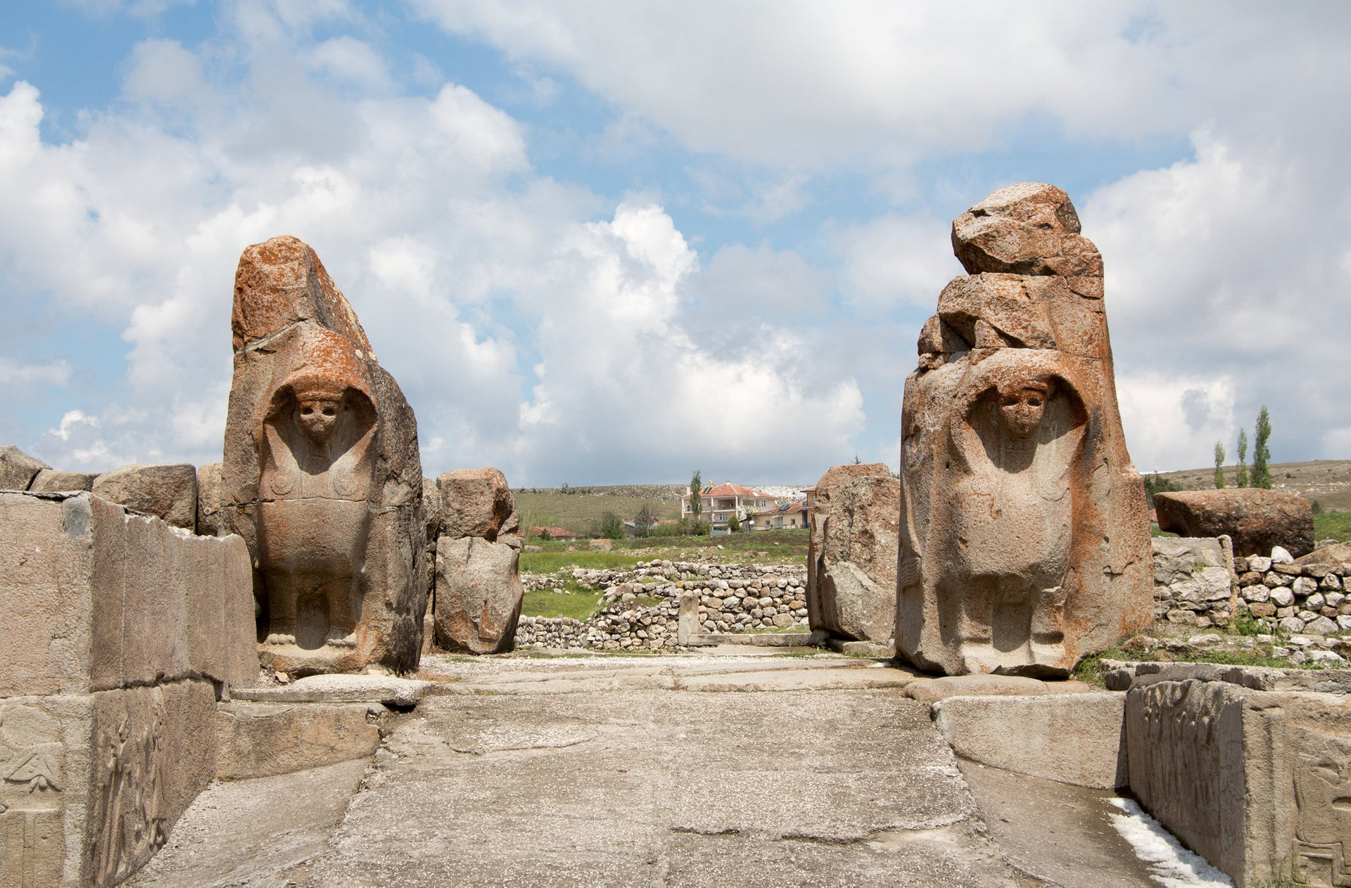 Sphinxes, not an Egyptian thing necessarily: Sphinx Gate at the Hittite town of Alaca Höyük, Turkey