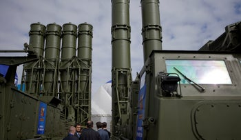 A Russian S-300 air defense missile system is seen on display at the opening of the MAKS Air Show in Zhukovsky, Russia, August 27, 2013.