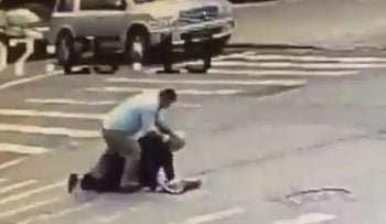 Screenshot of Orthodox Jewish man being attacked in Brooklyn, October 14, 2018.