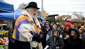 Rabbi Chuck Diamond, formerly of the Tree of Life synagogue in Squirrel Hill, leads a vigil in Pittsburgh, November 3, 2018.