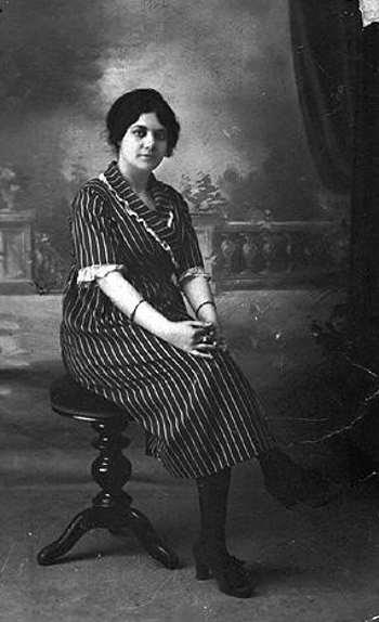 Julie Meguedes (neé Temam), a volunteer at the military hospital in Tunis, 1914-1918.