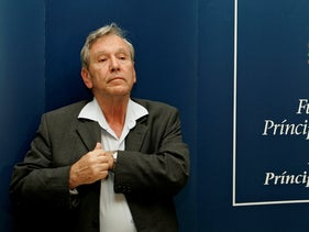 FILE PHOTO: Amos Oz attends a news conference in Oviedo, October 23, 2007.