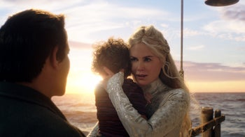 Nicole Kidman in the role of Aquaman's mom. A heavy layer of pixels.