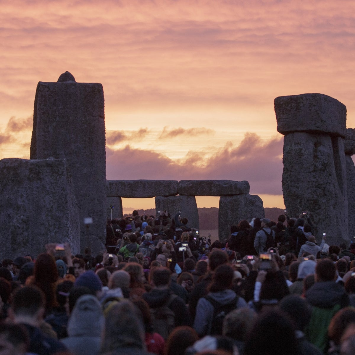 Revelers gather at Stonehenge to celebrate the Summer Solstice in 2015 - sans swines.