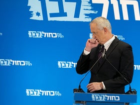 File photo: Benny Gantz pauses during a press conference, Tel Aviv, March 27, 2019.