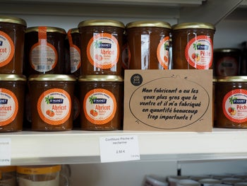 On the shop shelves, labels explain precisely the origin of the products