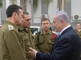 Prime Minister Benjamin Netanyahu holding a security meeting at the IDF's Southern Command, May 6, 2019.