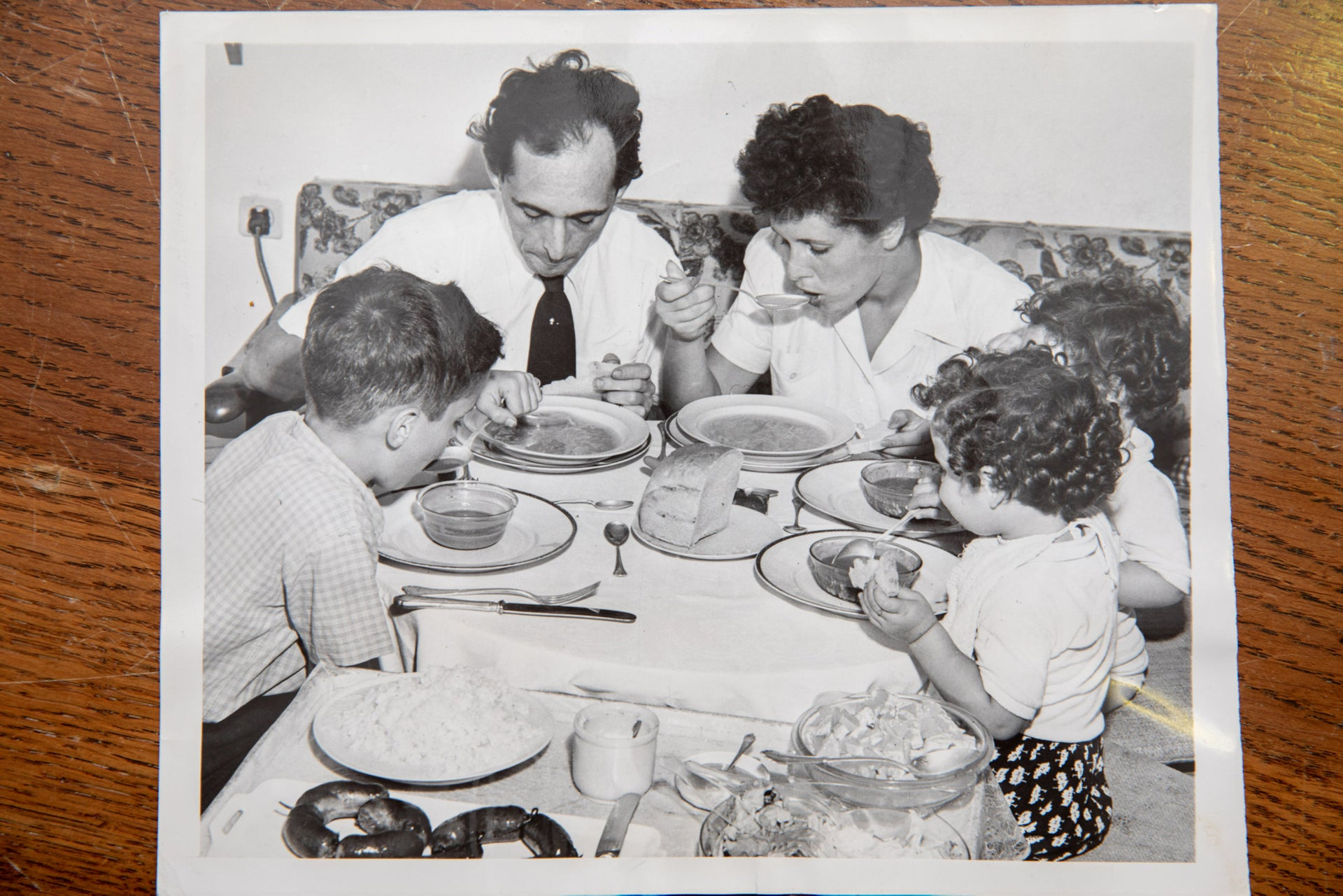 The members of Steiner  family sit down to their meal in Tel Aviv during the years of austerity, December 6, 1949.