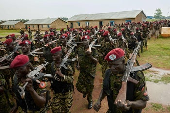 File photo: Personnel of the South Sudan People's Defence Forces (SSPDF), assigned as South Sundan's presidential guard, take part in a drill at their barracks in Rejaf, South Sudan, April 26, 2019.