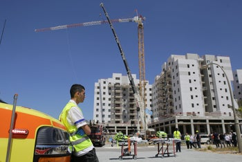The scene of a deadly crane collapse in Yavneh, Israel, May 19, 2019.