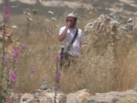 One of the settlers seen setting fields on fire in B'Tselem's documentation.