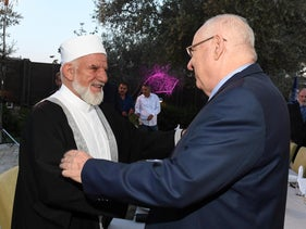 Preident Reuven Rivlin with Sheik Kiwan Mohamad, the chairman of the Council of Muslim Leaders in Israel, May 27, 2019.
