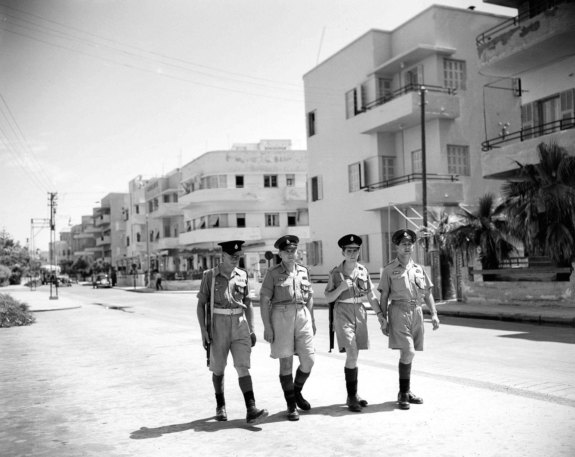 British soldiers in Tel Aviv, in 1947.