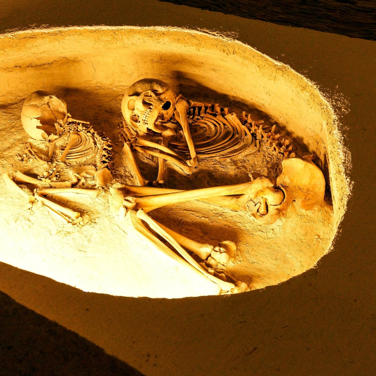 Prehistoric burial of skeleton from Catalhoyuk, about 9,000 years ago, Museum of Anatolian Civilization, Ankara, Turkey
