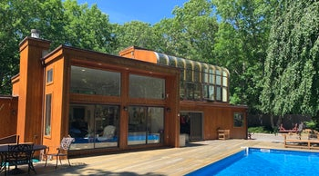 Marty Markowitz's Southampton house was the scene of boisterous parties, hosted by his psychiatrist, featuring celebrities and members of New York's Modern Orthodox community