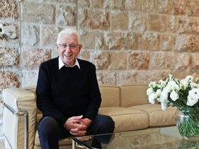 Frank Lowy. The prototype of a self-made man
