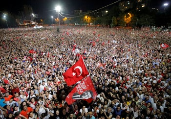 Supporters attend a rally of Ekrem Imamoglu, mayoral candidate of the main opposition Republican People's Party (CHP), in Beylikduzu district, in Istanbul, Turkey, June 23, 2019