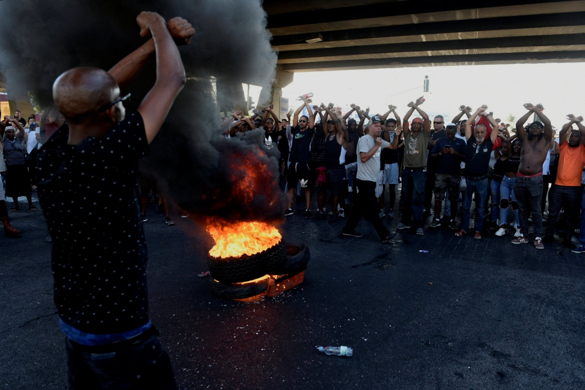 Demonstrators in the North of Israel are protesting against police brutality.