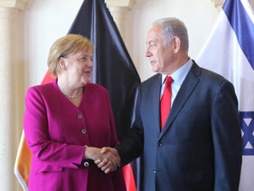 Chancellor Angela Merkel of Germany shakes hands with Prime Minister Netanyahu, Jerusalem, April 7, 2019.